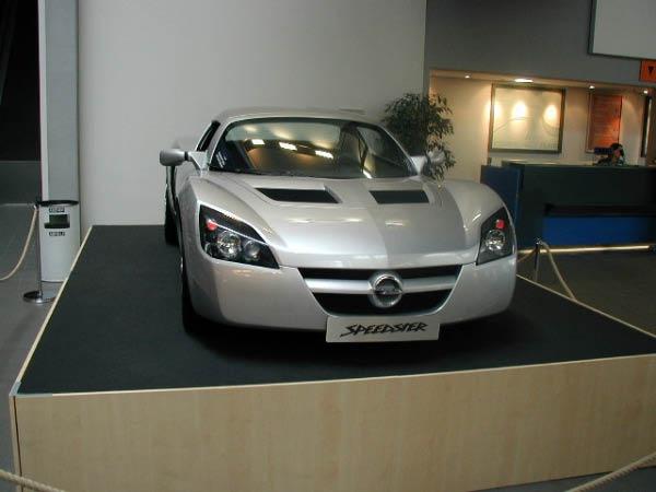 Opel Life (11)